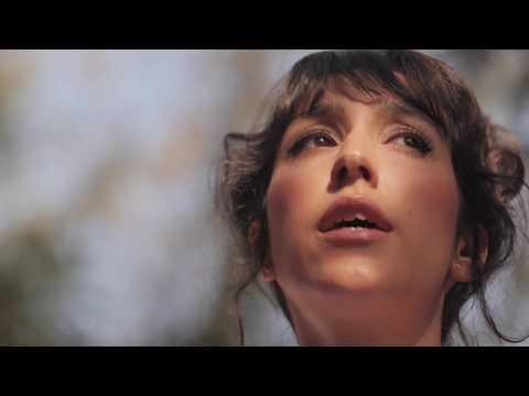 Plus J'apprends - Aurélie Taguet - Clip
