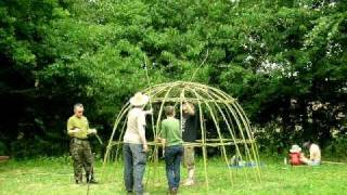 Living Willow Dome Construction