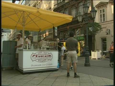 Hungary - Budapest Shopping - TV Traveller