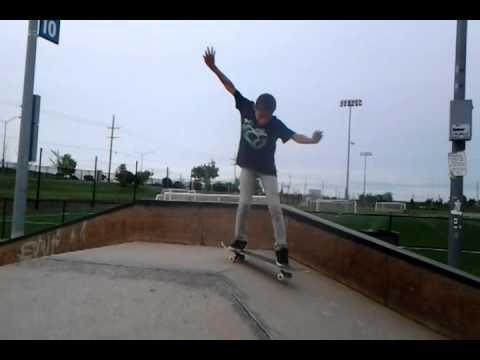 Uriah Mitts kick flip Gap Overland Park 10yrs old