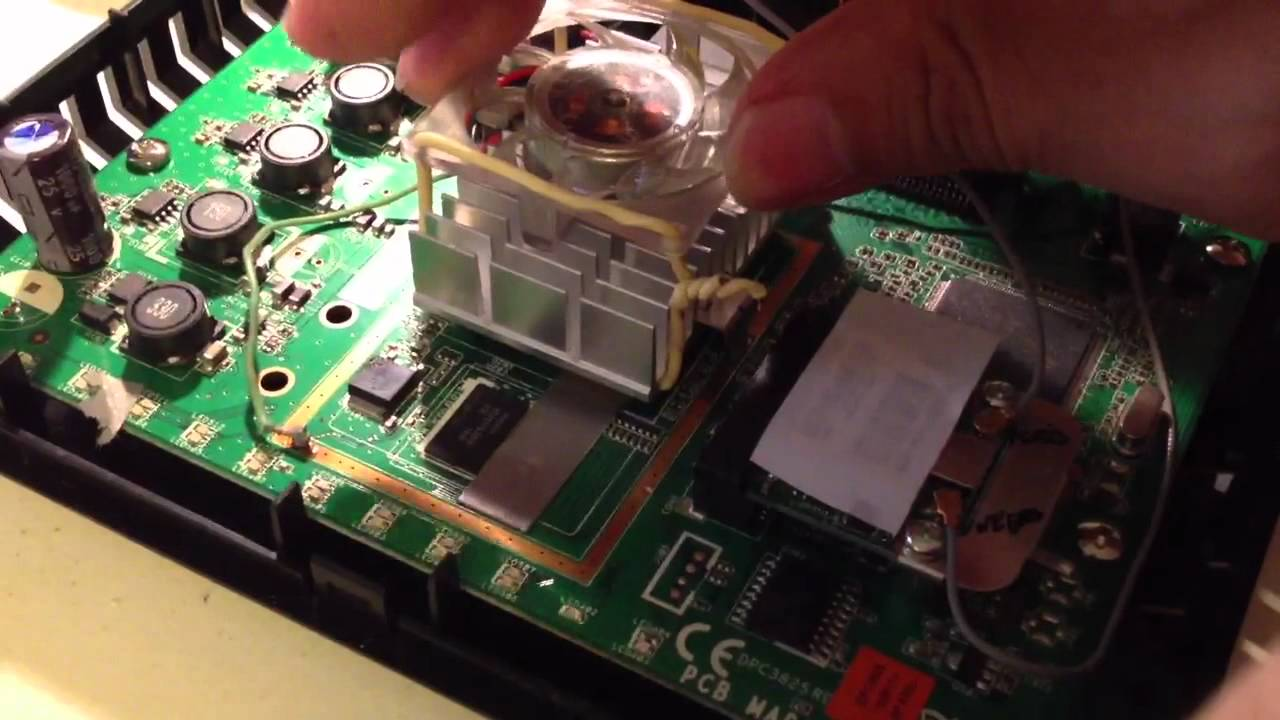 Film the inside of your cable modems ! (Reveal if fans are inside or
