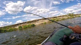 ВЕЛИКА РІЧКА КИШИТЬ РИБОЮ! Рибалка на спінінг 2019! Сплав по річці СЕЙМ