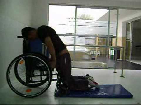 Silla de ruedas youtube for Pisos de alquiler en silla