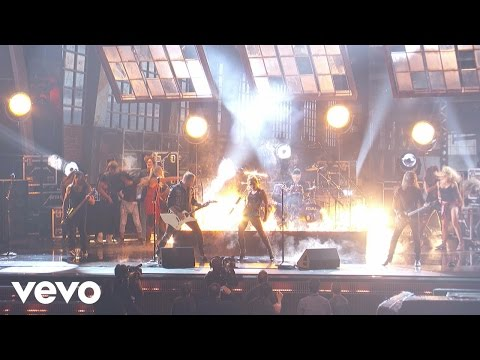 Lady Gaga, Metallica - Moth Into Flame (Dress Rehearsal for the 59th GRAMMYs)
