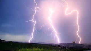 Repeat youtube video Gewitter mit starken Erdblitzen am 14.August 2015 im Erzgebirge