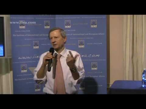 Anthony Giddens on The Politics of Climate Change