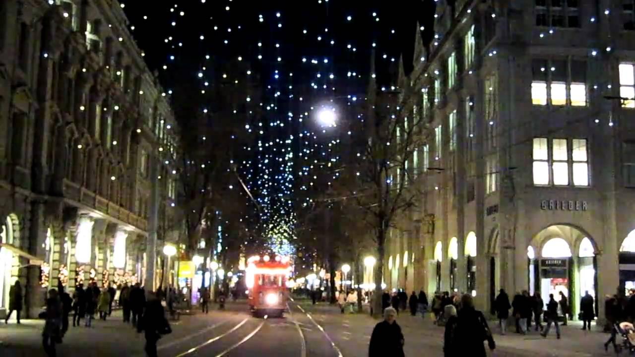 neue weihnachtsbeleuchtung z rich und samichlaus in der tram youtube. Black Bedroom Furniture Sets. Home Design Ideas