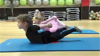 Урок хореографии в академии танца группа 3-5 лет