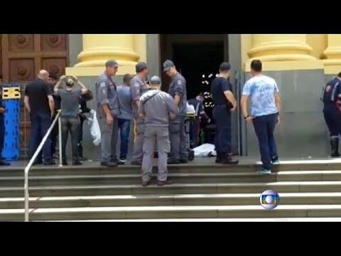 البرازيل: سقوط 4 قتلى في إطلاق نار على كاتدرائية قرب ساو باولو وانتحار المهاجم…  - 22:53-2018 / 12 / 11