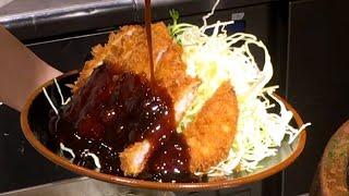 FRIED PORK CUTLET Tonkatsu - Japanese Street Food - Fukuoka Japan