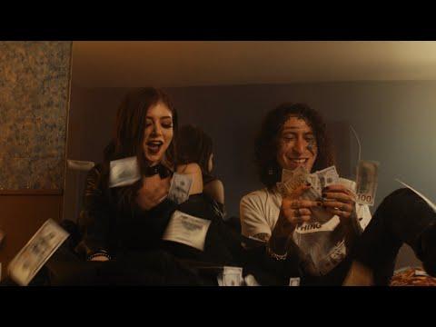 Смотреть клип Lil Lotus Ft. Chrissy Costanza - Romantic Disaster