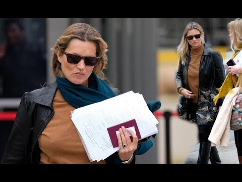 Kate Moss visits the US embassy in London