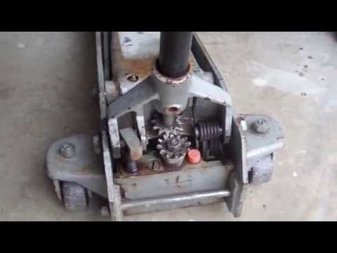 How To Repair A Floor Jack That Leaks Fluid Youtube