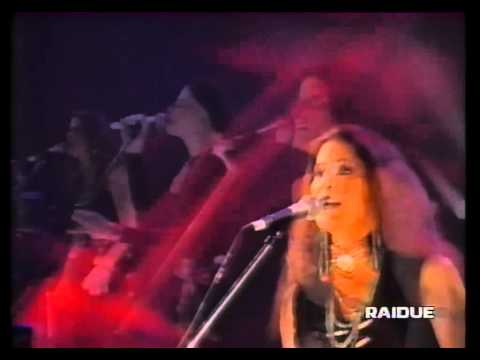 "Walfredo Reyes, Jr. w/ Robbie Robertson ""Cherokee Morning Song"" (Live)"