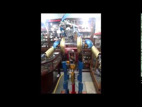 robot anfitrion del museo mujam