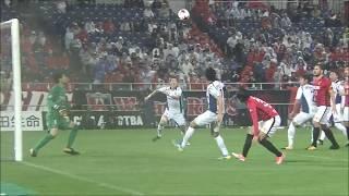 FKのチャンスからゴール前に折り返されたボールをファン ウィジョ(G大...