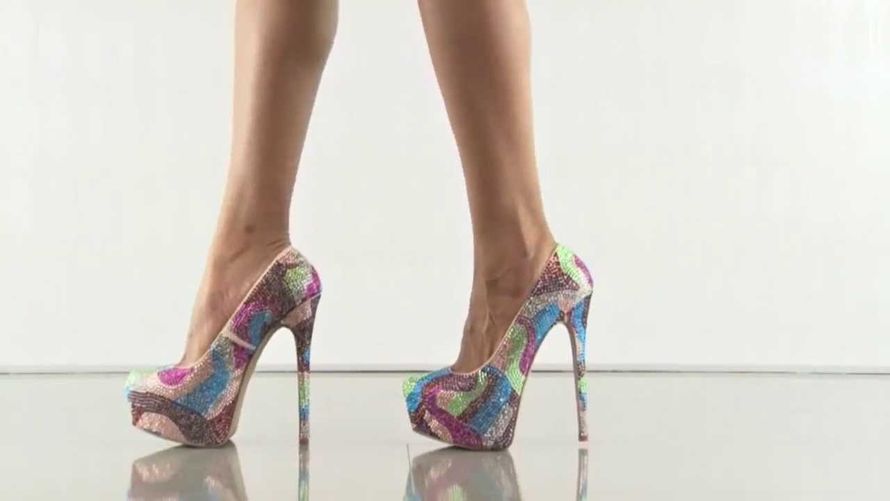 10c019ce86b Dyvinal in Bright Multi Steve Madden - YouTube