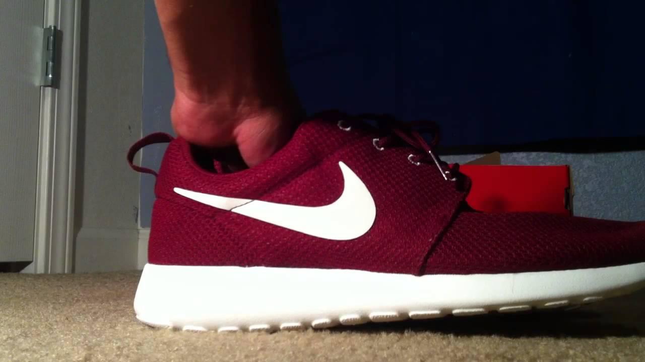 Nike Rosh Run Team Red Review + On Feet