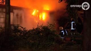 Caravans ontruimd bij toiletbrand in Beekbergen
