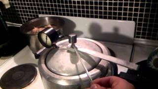 Приготовление питательной среды в скороварке Сварма(Этот ролик обработан в Видеоредакторе YouTube (https://www.youtube.com/editor), 2015-11-13T17:43:20.000Z)