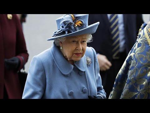 Coronavirus, il (raro) discorso della Regina Elisabetta II alla nazione: è il quinto in 68 anni