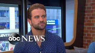Gambar cover Milo Gibson opens up about working with his dad, Mel Gibson