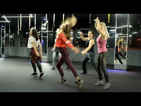 Baby Clean Bandit Feat. Marina & Luis Fonsi Jaz Choreo Zumba Fitness Coregrafia
