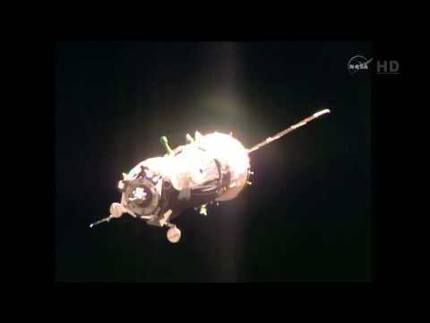 Samantha Cristoforetti Saw The ISS Glow Orange