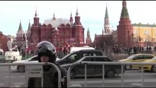 «Антикоррупционный марш» в Москве: десятки тысяч участников, сотни задержанных, обыски и аресты