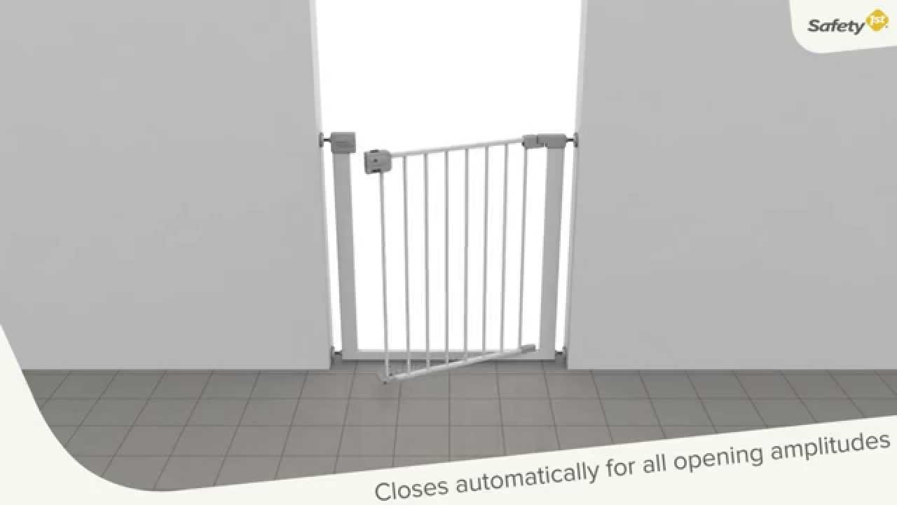 Safety 1st Auto Close Gate 2015 Youtube