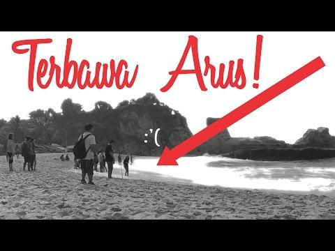TERBAWA ARUS DI PANTAI KLAYAR! - Pacitan - Indonesia Travel Vlog #3