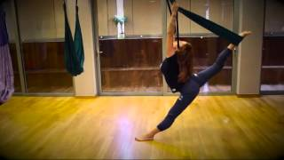 Russell Athletic Aerial Yoga with Maria Papadopoulou