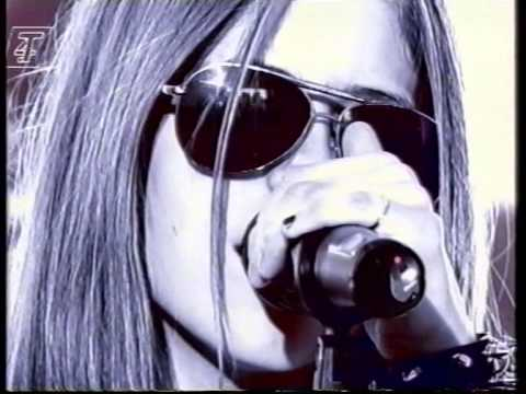 Avril Lavigne - Complicated - Live On T4 - 2002