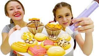 Видео для детей: Украшаем невероятные пирожные! Шоколадная ручка