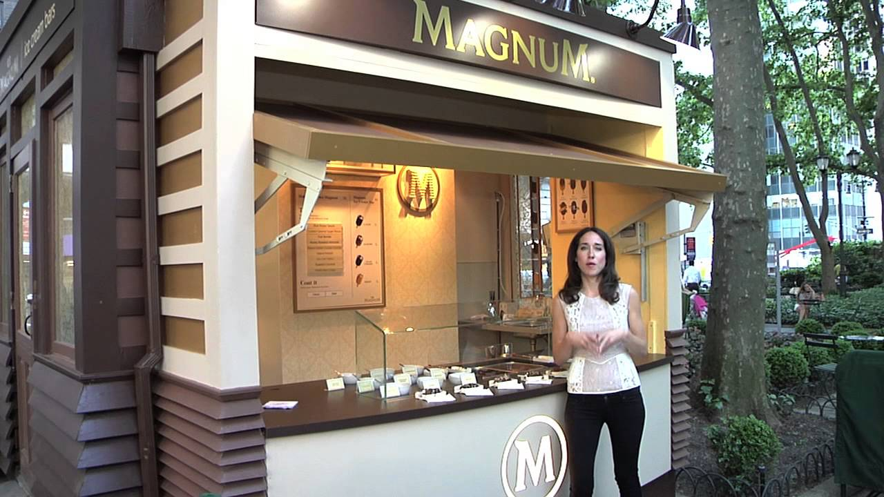 Magnum new york at bryant park youtube for Store fenetre new york