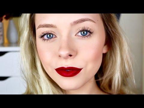 A Realistic Christmas Makeup Look