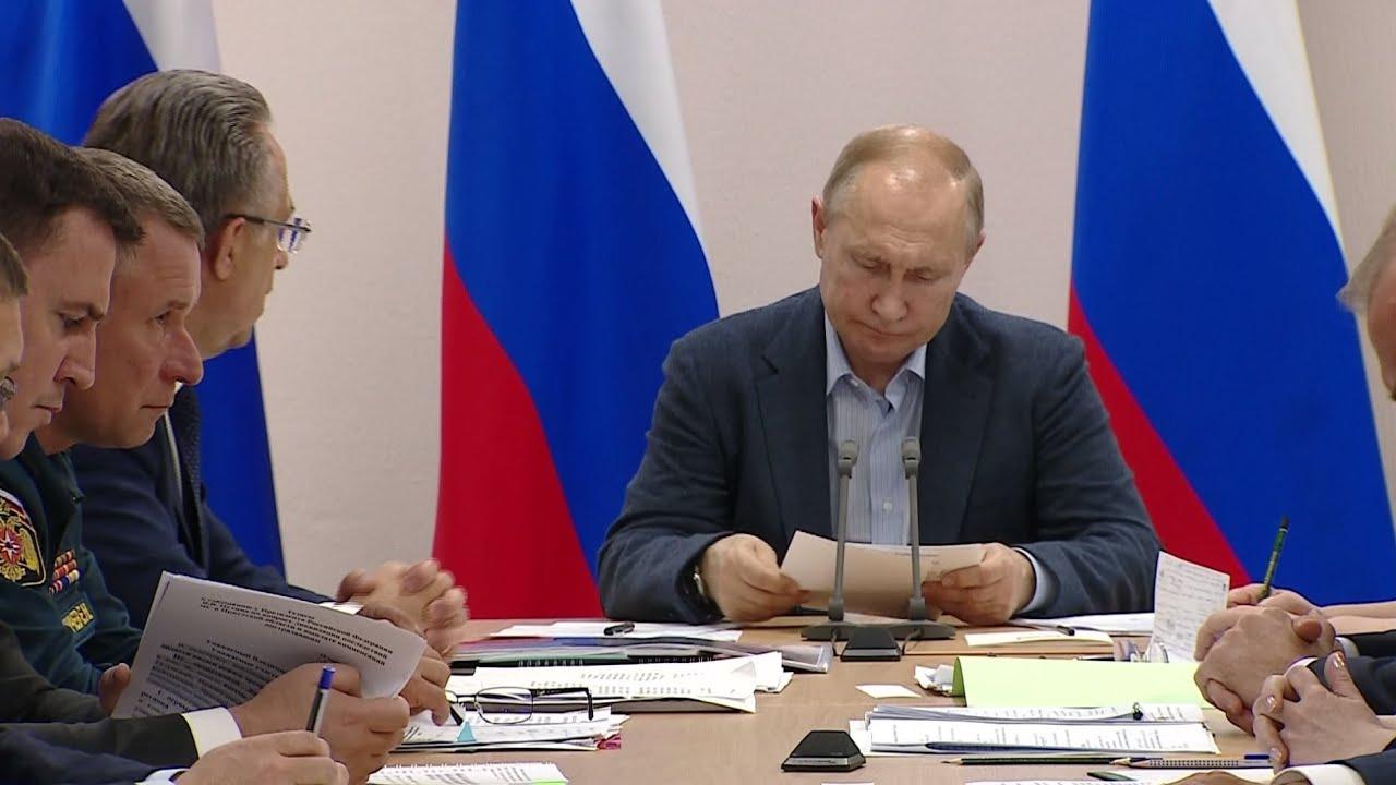 Путин разносит чиновников в Иркутской области