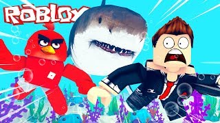 DO WE SURVIVE THE SHARK ATTACK?! - ROBLOX [English/HD]