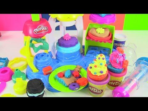 Đồ Chơi Play-doh Tiệm Bánh Vui Vẻ Mới - Ngon Ngon (Chị Bí Đỏ) New Play-doh Frosting Bakery Playset