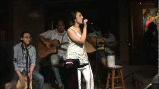 Fix You - Coldplay/ Use Somebody - Kings of Leon Cover by Jennifer Montes