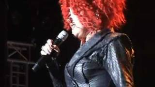 CYNDI LAUPER - Girls Just Want To Have Fun (Live in Madrid)