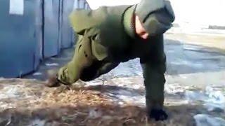 ПРИКОЛЫ В АРМИИ // Армейские приколы // Армейский идиотизм // Видео подборка