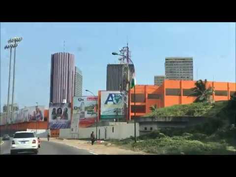 Driving around Abidjan - コートジボワール