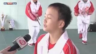 تلميذ صيني يحقق رقمين قياسيين في الوثب بالحبل