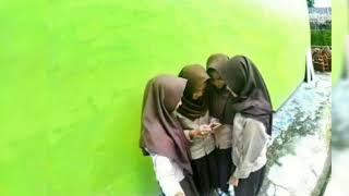 Download Video Sahabat 4 serangkai 😘 MP3 3GP MP4