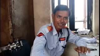 indian watchman singing like a professional a video going viral
