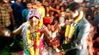Peeli Lugdi || Desi Rajasthani Dance || Frank Dance By Bride&Groom || HD