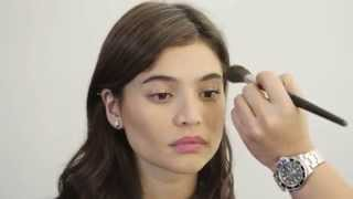 How To Contour and Highlight on Anne by Make Up Artist Robbie Pinera