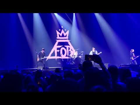 Fall Out Boy - Lake Effect Kid live (FIRST TIME) - Uniondale, NY - August 29, 2018