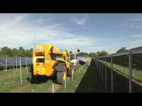 UofI/Facilities & Services - Solar Farm project panel installation